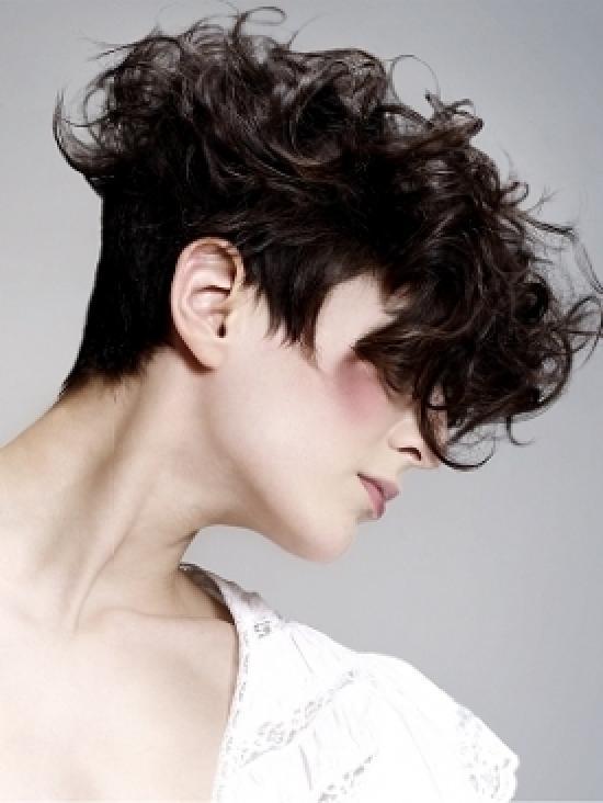 Cortes de pelo cortos rizados mujeres