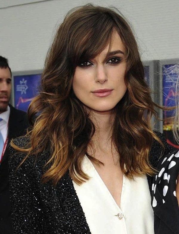 Un look impactante con peinados con flequillo de lado Imagen de ideas de color de pelo - Peinados con flequillo: 69 fotos