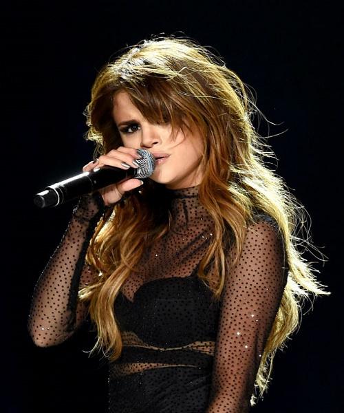 Selena Gomez afp balayage